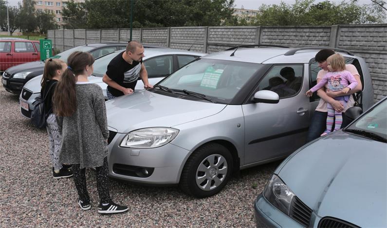 Sprawdź koszty ubezpieczenia samochodu przed...
