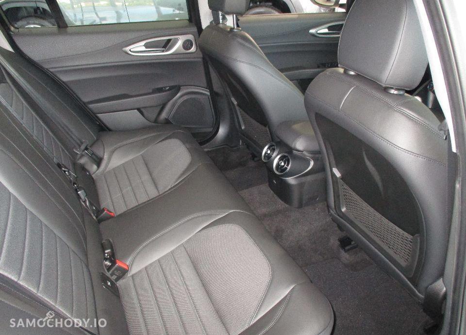 Alfa Romeo Giulia 2.2 Diesel 180 KM manual SUPER !Okazja DEMO! Navi 8,8\'\' FULL OPCJA 29