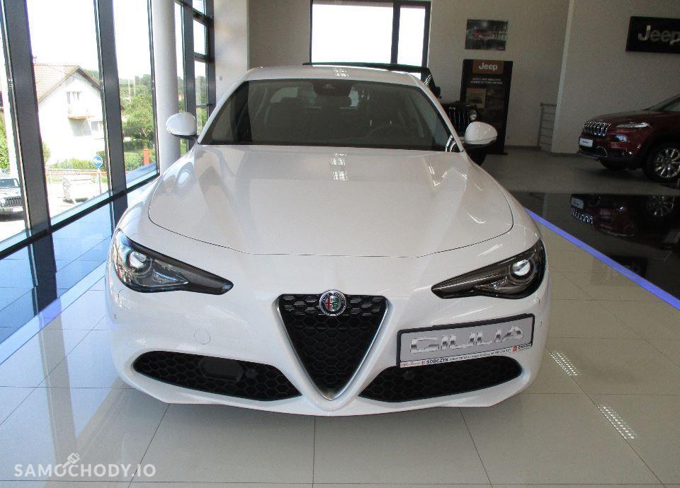 Alfa Romeo Giulia 2.2 Diesel 180 KM manual SUPER !Okazja DEMO! Navi 8,8\'\' FULL OPCJA 2