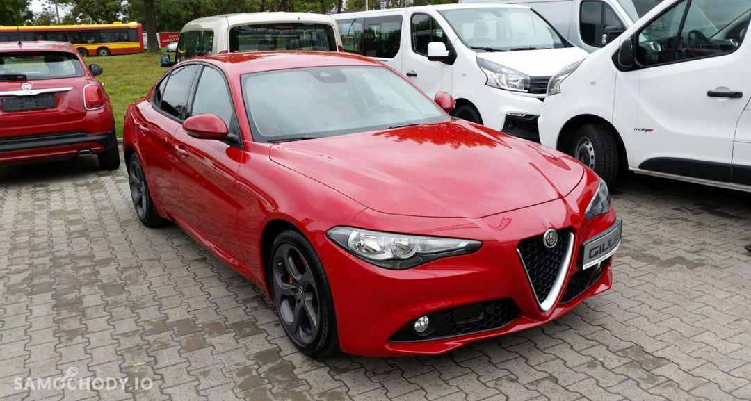 Alfa Romeo Giulia Super Carserwis Dealer nr 1 I Wyprzedaż rocznika w ASO 4