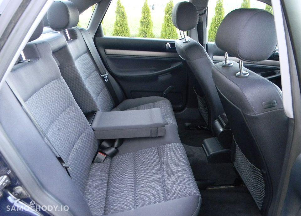 Audi A4 LIFT 1.6 Benzynka Klimatronik Alufelgi Bardzo Ładny 37