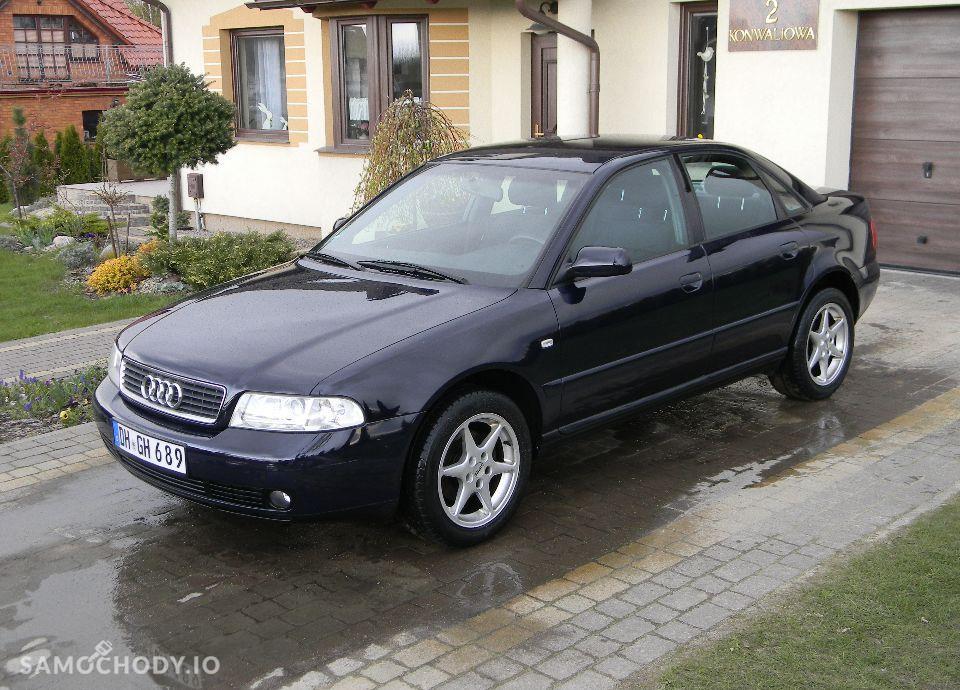 Audi A4 LIFT 1.6 Benzynka Klimatronik Alufelgi Bardzo Ładny 1