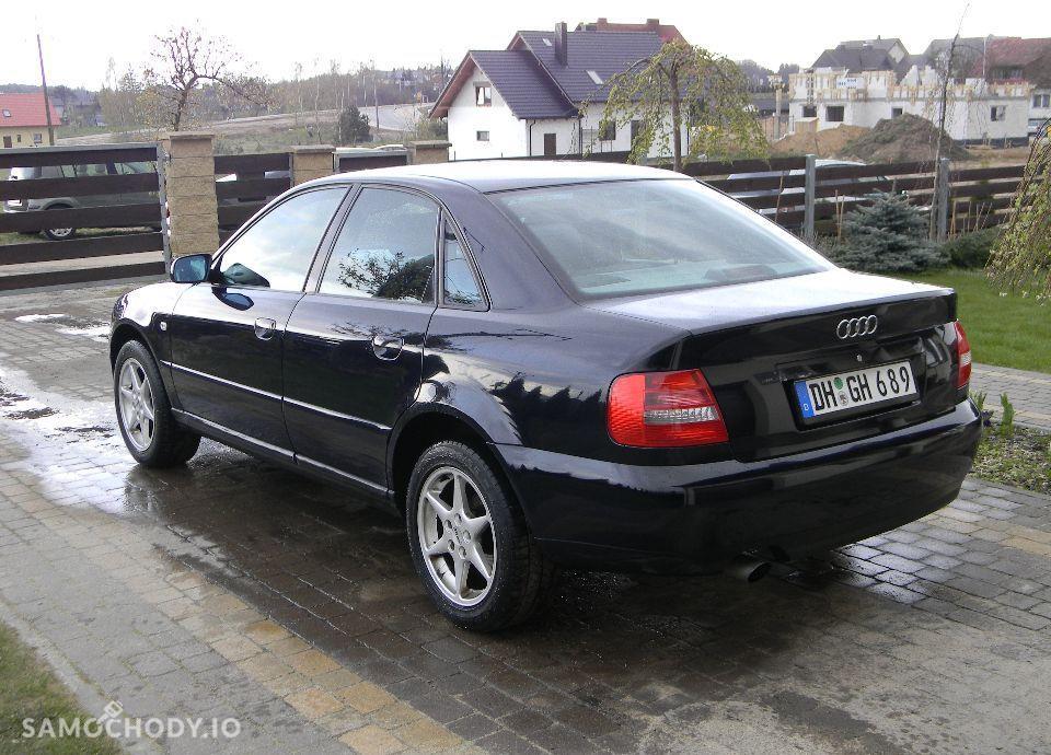 Audi A4 LIFT 1.6 Benzynka Klimatronik Alufelgi Bardzo Ładny 16