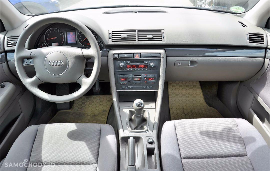 Audi A4 Zarejestrowany Tylko 90 tyś przebiegu. serwisowany w ASO do końca. 16