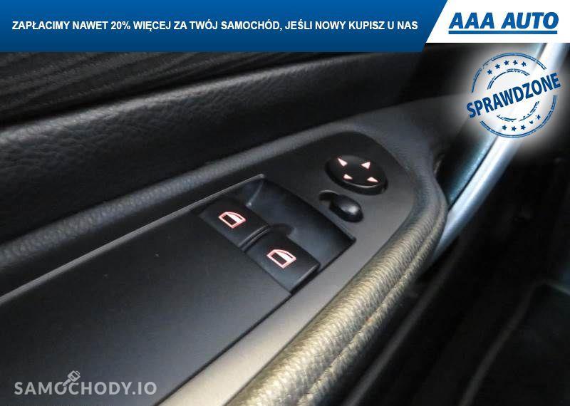 BMW Seria 1 116 i, 1. Właściciel, Klima, Parktronic, Podgrzewane siedzienia 92
