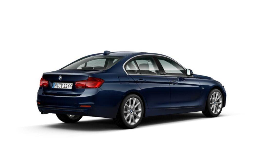 BMW Seria 3 318d demo dealera 7