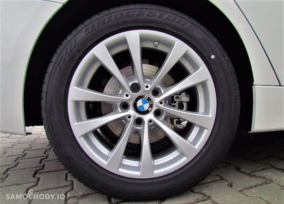 BMW Seria 3 Dealer BMW Sikora BMW 318d Touring 2017 Samochód demonstracyjny 56