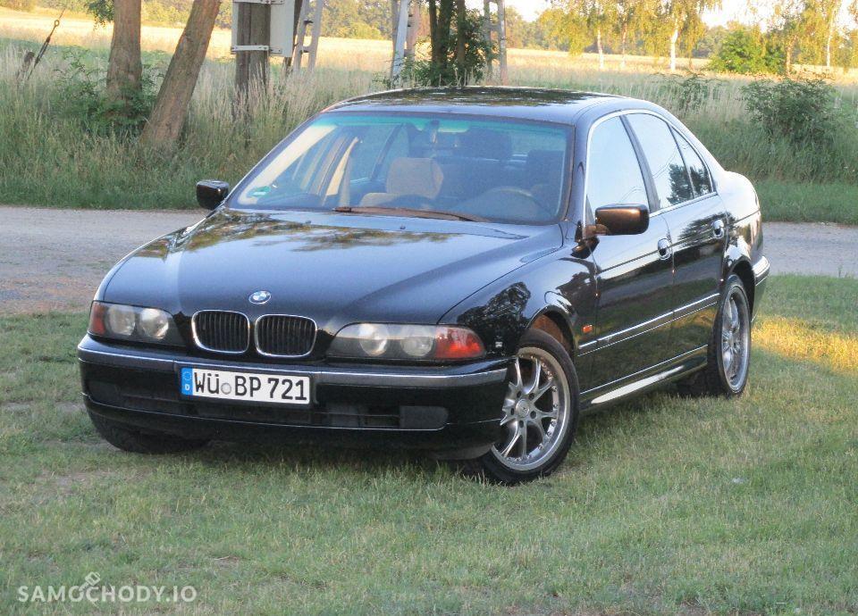 BMW Seria 5 E39 520i MANUAL świeżo sprowadzona 22