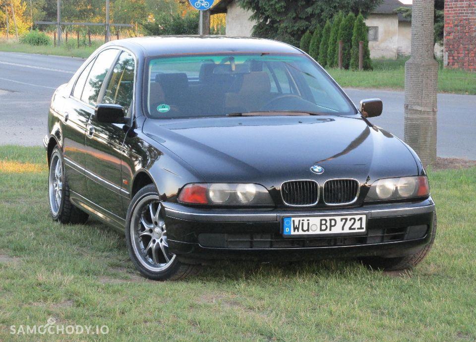 BMW Seria 5 E39 520i MANUAL świeżo sprowadzona 4