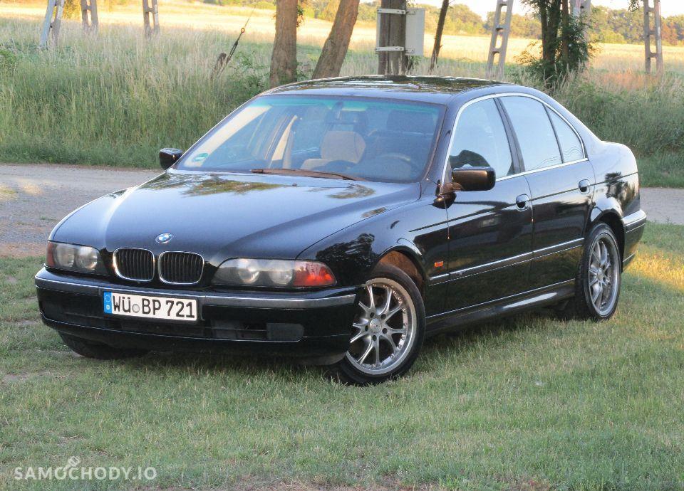 BMW Seria 5 E39 520i MANUAL świeżo sprowadzona 16