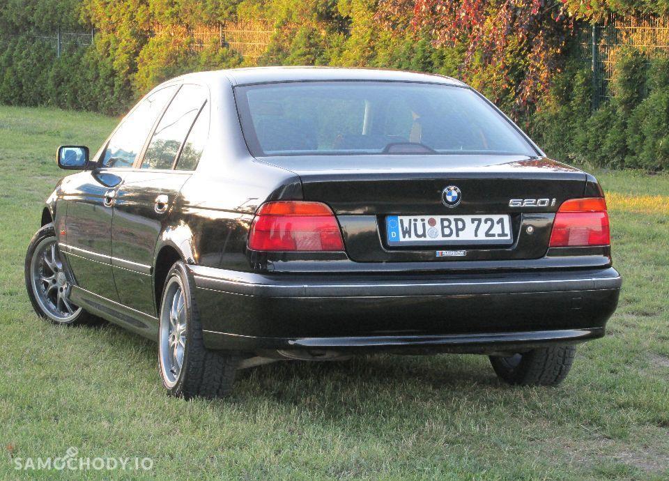 BMW Seria 5 E39 520i MANUAL świeżo sprowadzona 37