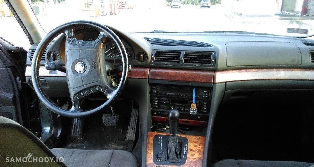 BMW Seria 7 Używane BMW Serii 725 TDS E38 1998 r. 37