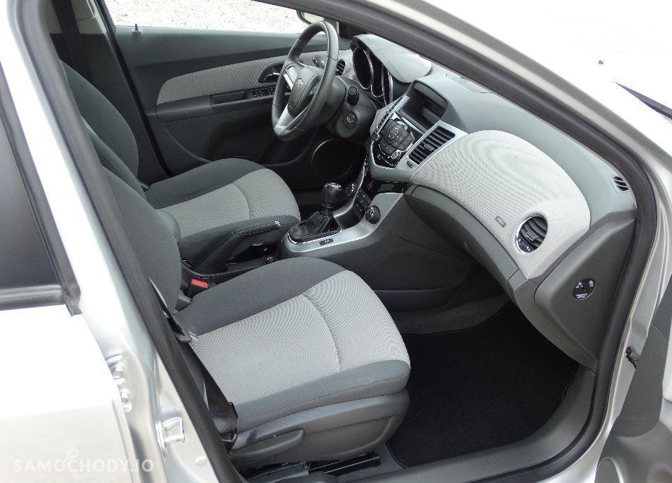 Chevrolet Cruze 1.8Benz 140KM Bezwypadkowy z Niemiec Wzorowy Stan Model 2011 37