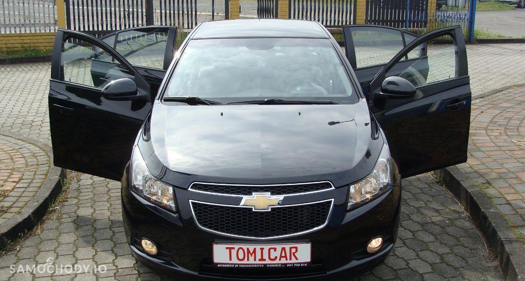 Chevrolet Cruze 1.8i 140 KM CZARNY SEDAN Bogaty LS Klima Tempomat Felgi 16\'\' OPŁACONY 29