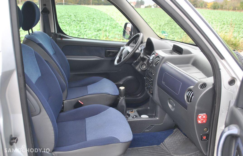 Citroën Berlingo 1,6 benzyna gaz multispece klimatyzacja 2 x boczne drzwi opłacony 56