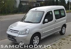 z miasta gniezno Citroën Berlingo 1,6 benzyna gaz multispece klimatyzacja 2 x boczne drzwi opłacony