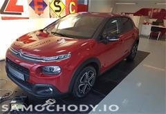 z miasta kraków Citroën C3 1,2 82km Feel + tapicerka UrbanRed+ felgi 16 cali + przeciwmgielne