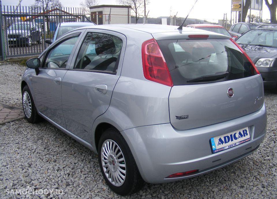 Fiat Grande Punto 1.4 LPG, 5 drzwi, klima, radio CD, zarejestrowane 22