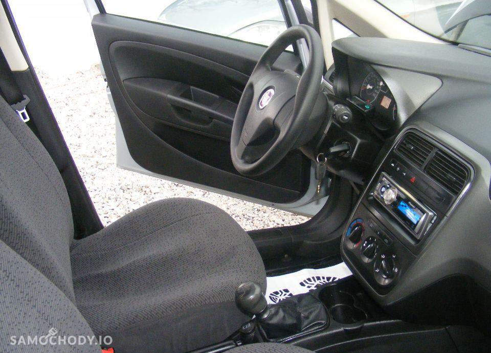 Fiat Grande Punto 1.4 LPG, 5 drzwi, klima, radio CD, zarejestrowane 67