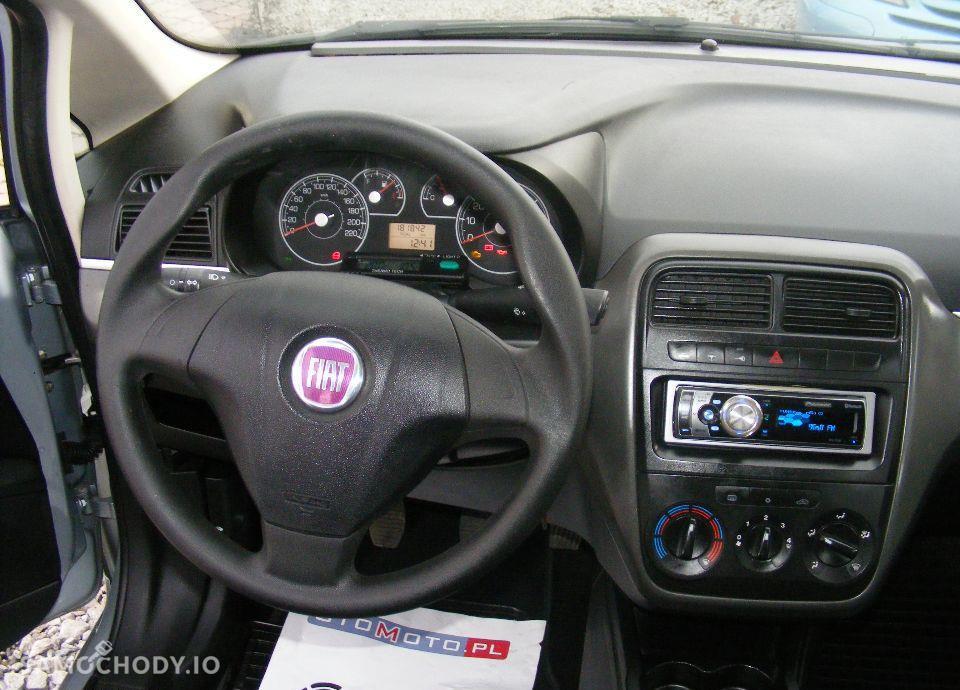 Fiat Grande Punto 1.4 LPG, 5 drzwi, klima, radio CD, zarejestrowane 46