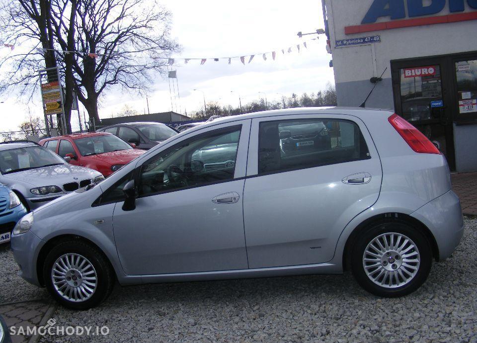 Fiat Grande Punto 1.4 LPG, 5 drzwi, klima, radio CD, zarejestrowane 29