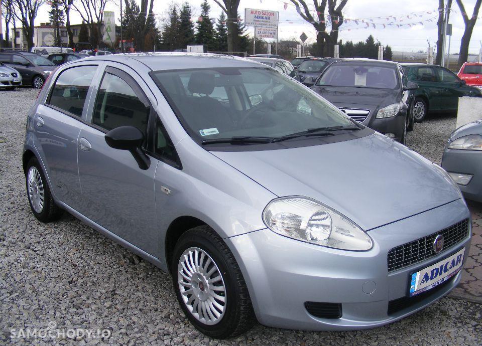Fiat Grande Punto 1.4 LPG, 5 drzwi, klima, radio CD, zarejestrowane 4