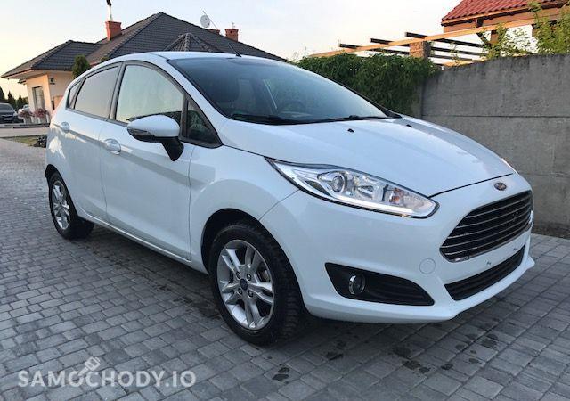 Ford Fiesta benzyna (80KM), klimatyzacja, podgrzewane fotele... 2