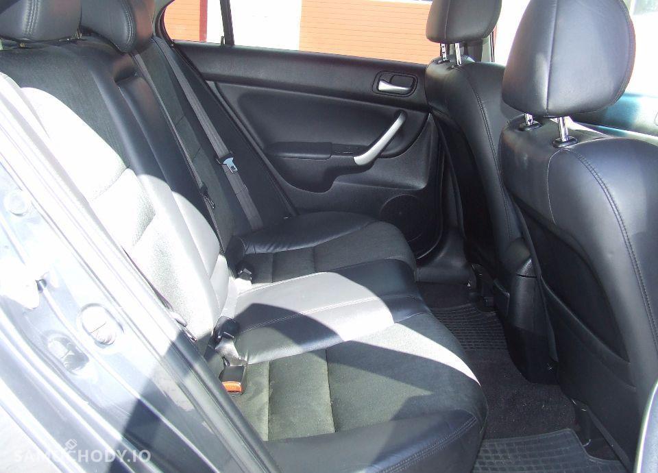 Honda Accord Jedyna taka porównaj z innymi 22