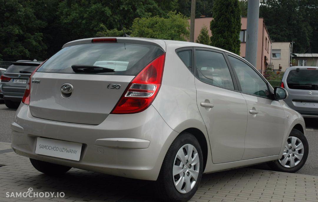 Hyundai I30 1.4MPI 109 KM ! Stan Dobry , Klimatyzacja , F Vat marża , 29