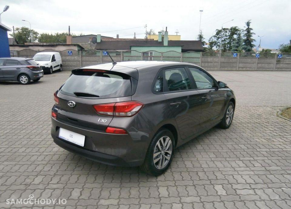 Hyundai I30 1.4 MPI 100 KM, Comfort + Klimatyzacja automatyczna 16