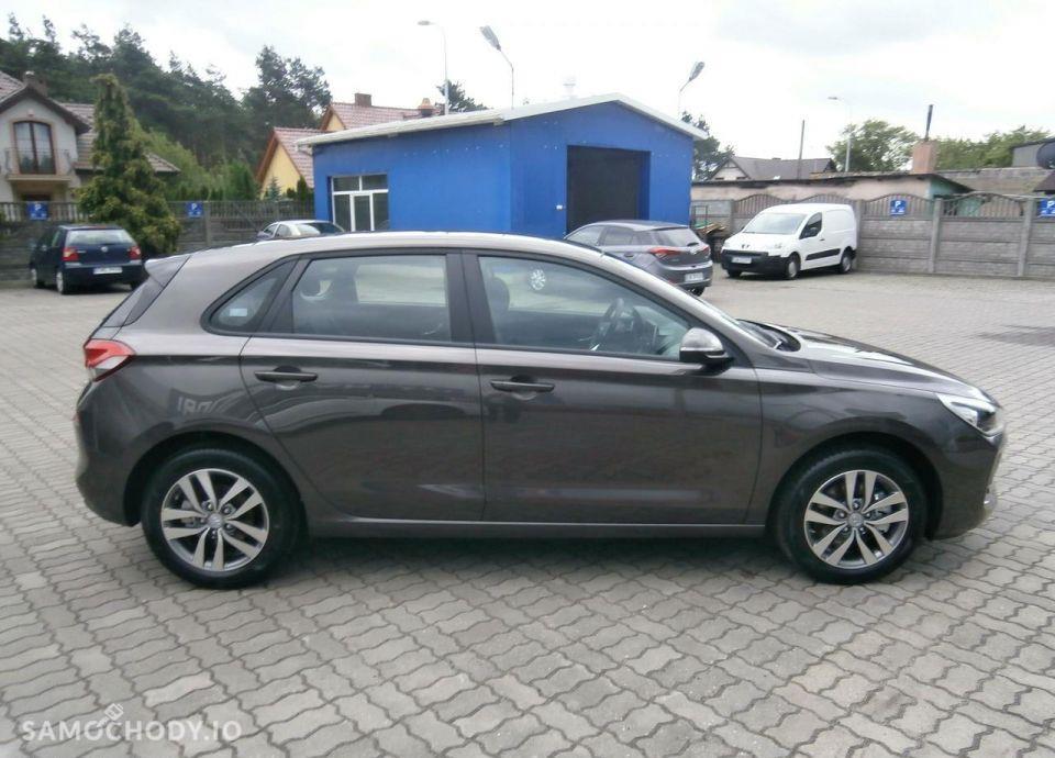 Hyundai I30 1.4 MPI 100 KM, Comfort + Klimatyzacja automatyczna 11