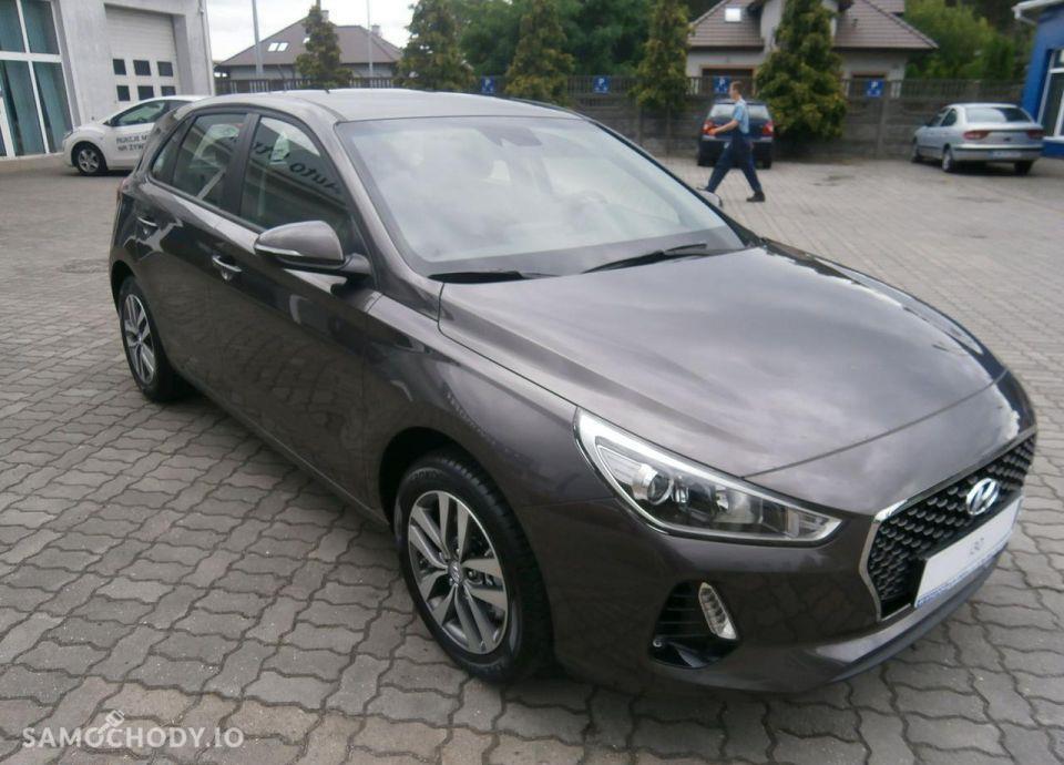 Hyundai I30 1.4 MPI 100 KM, Comfort + Klimatyzacja automatyczna 7