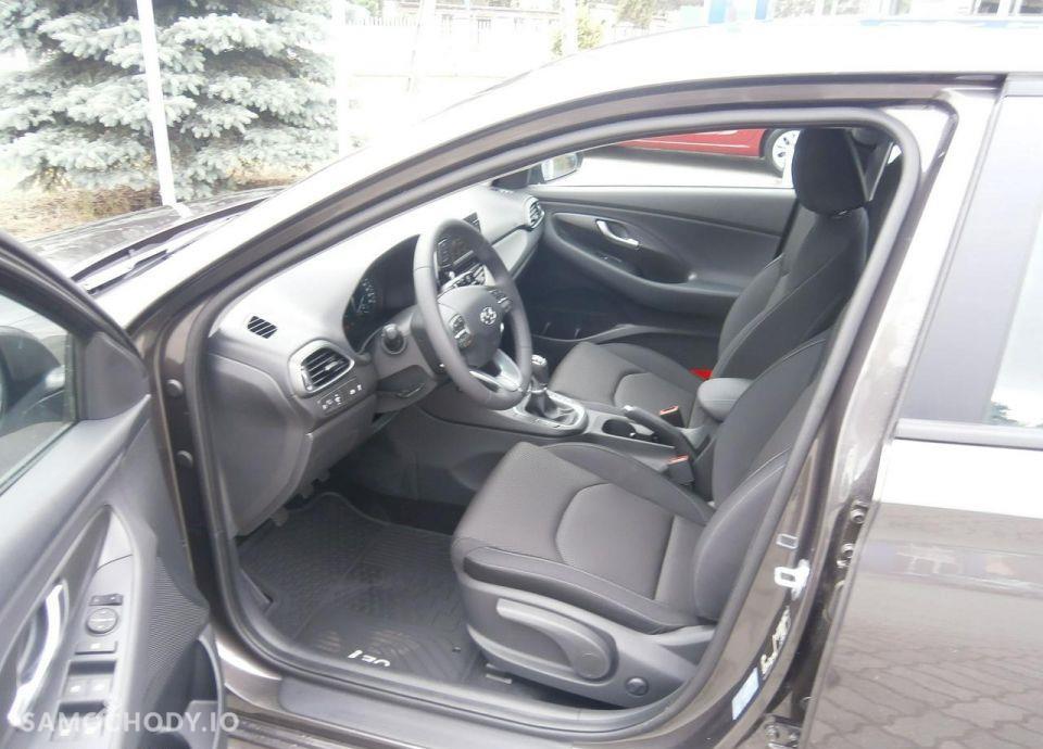Hyundai I30 1.4 MPI 100 KM, Comfort + Klimatyzacja automatyczna 46