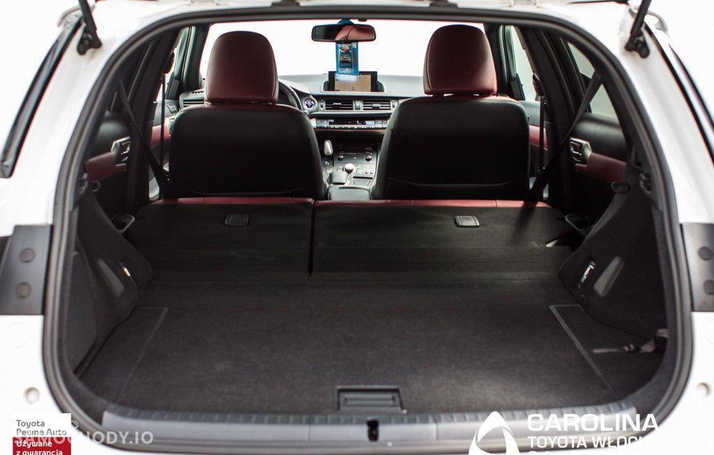 Lexus CT 200h F Sport EU6 37