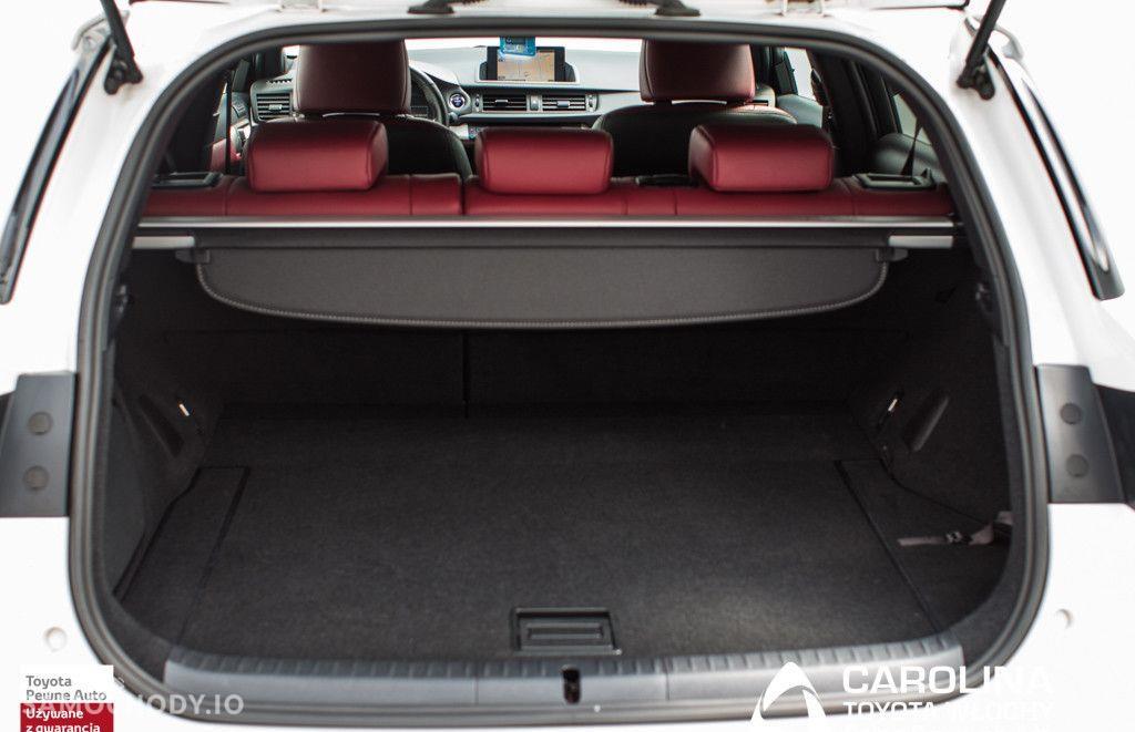 Lexus CT 200h F Sport EU6 29