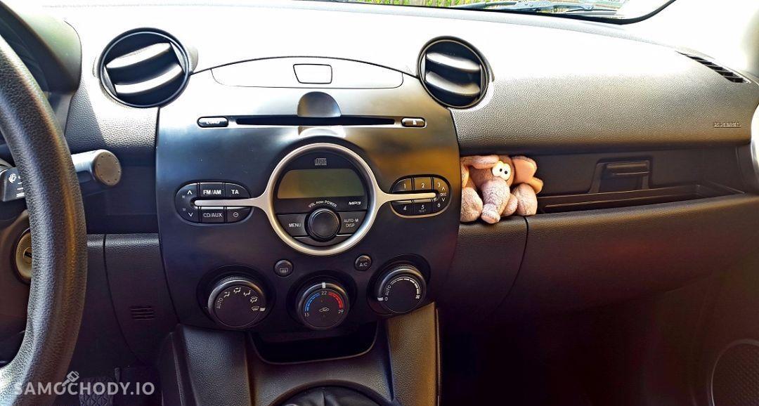 Mazda 2 Mazda 2 Bogate wyposażenie, serwisowany, ogłoszenie prywatne 16