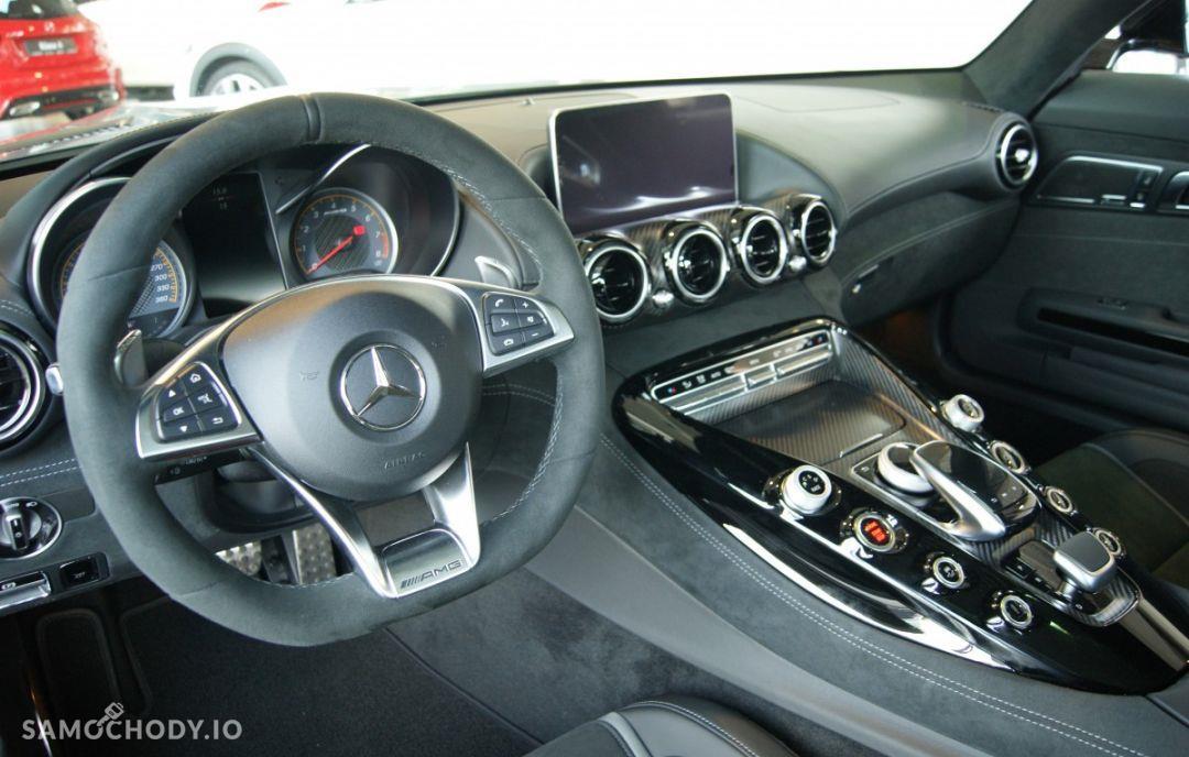 Mercedes-Benz AMG GT s 29
