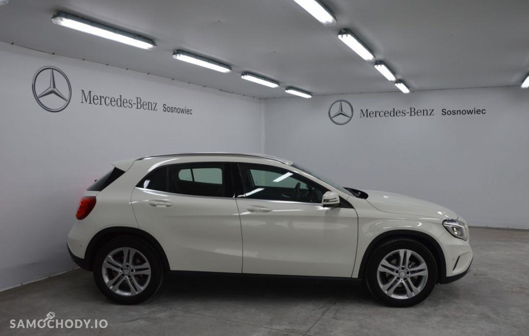 Mercedes-Benz GLA Pakiet Urban Nawigacja Ogrzewanie postojowe 22