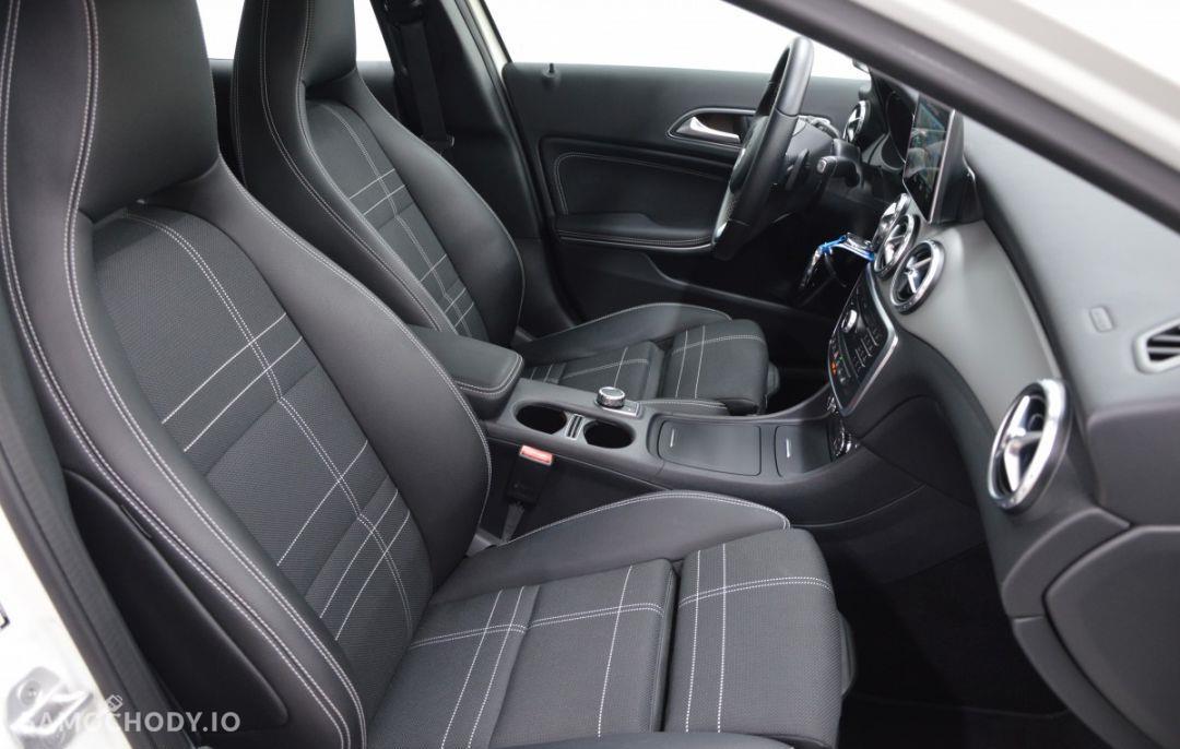 Mercedes-Benz GLA Pakiet Urban Nawigacja Ogrzewanie postojowe 79