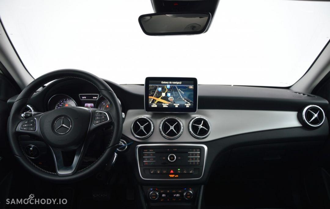 Mercedes-Benz GLA Pakiet Urban Nawigacja Ogrzewanie postojowe 46