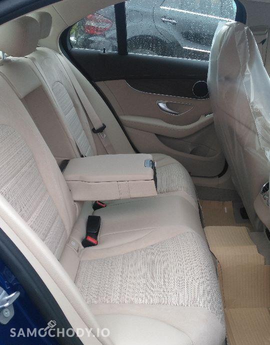 Mercedes-Benz Klasa C Pakiet EXCLUSIVE/Pakiet asystenta parkowania/ 22