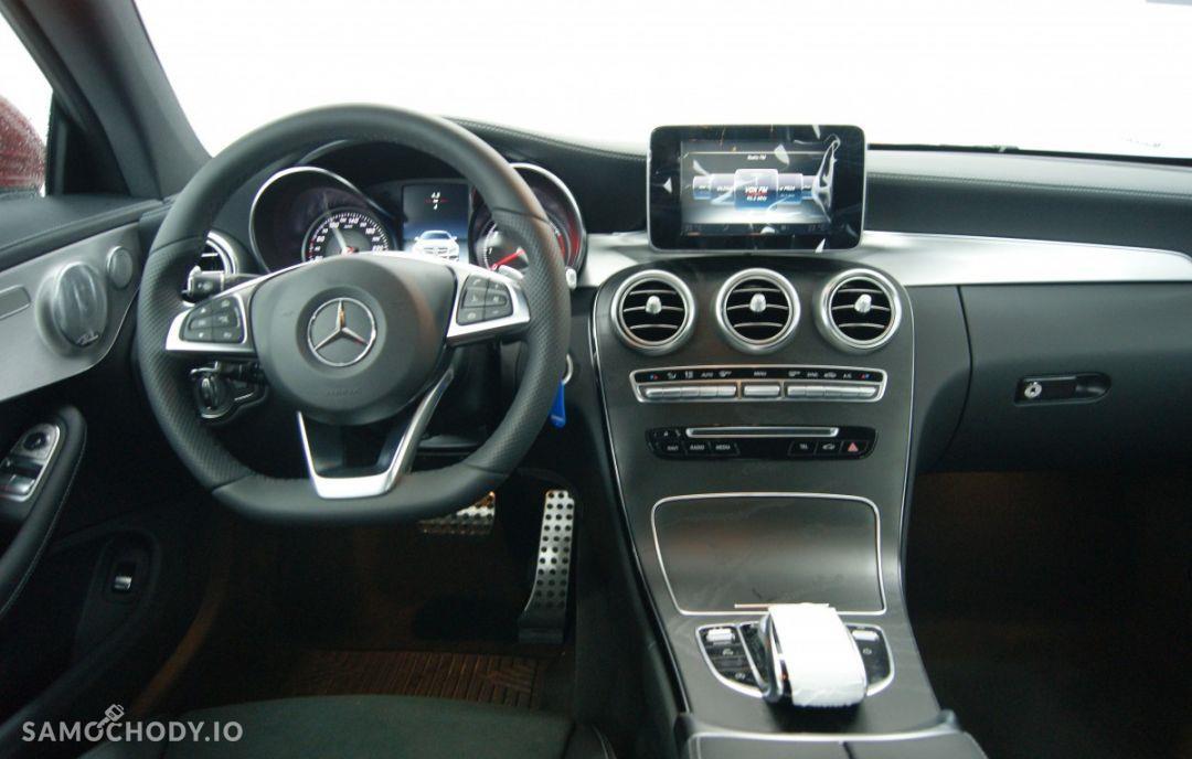 Mercedes-Benz Klasa C 200 4MATIC Coupé 22