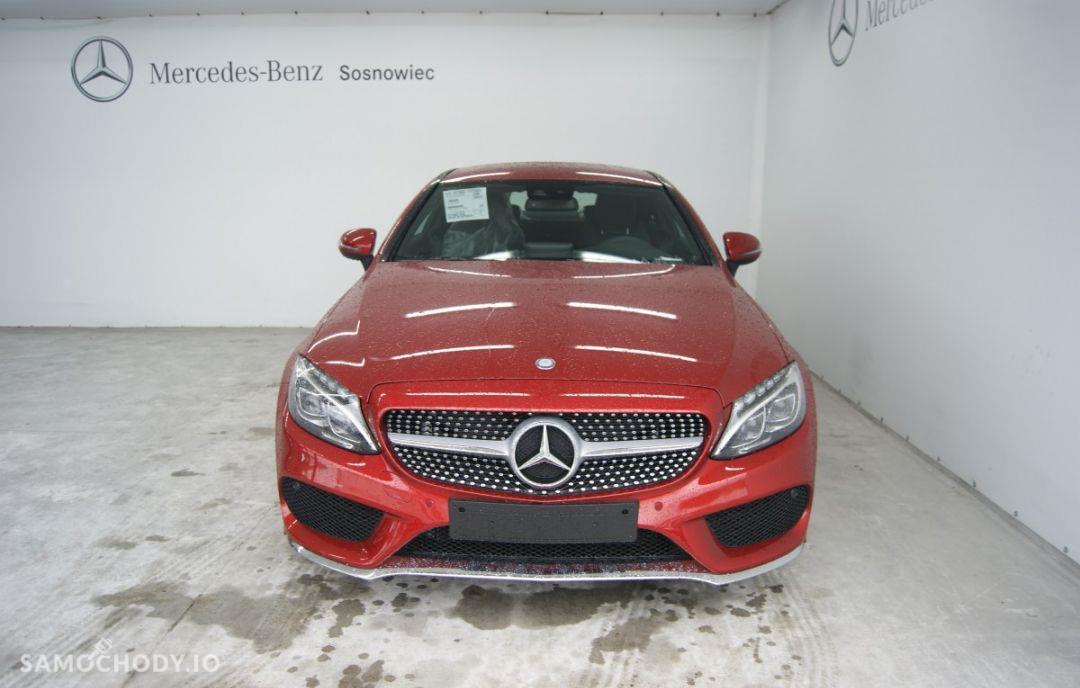 Mercedes-Benz Klasa C 200 4MATIC Coupé 2