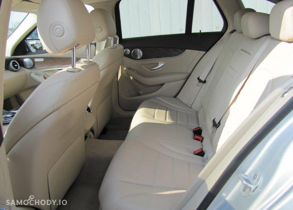Mercedes-Benz Klasa C C180 AMG, Navi Burmester, Kamera, Lampy LED, Salon Polska 22