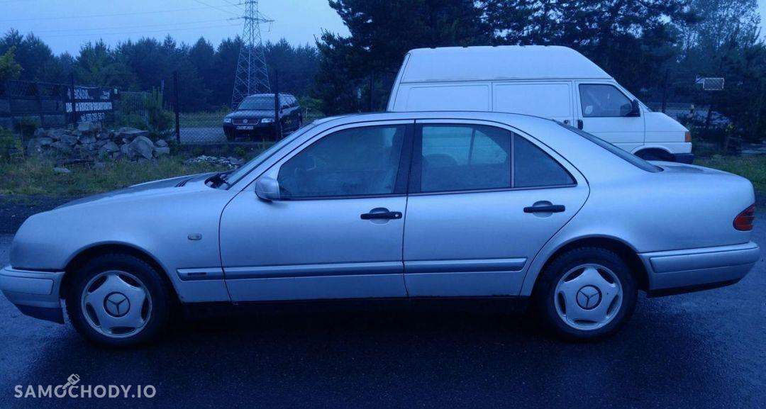 Mercedes-Benz Klasa E 220D 75 KM Po wymianie pompy .. 10 lat I Własciciel 4