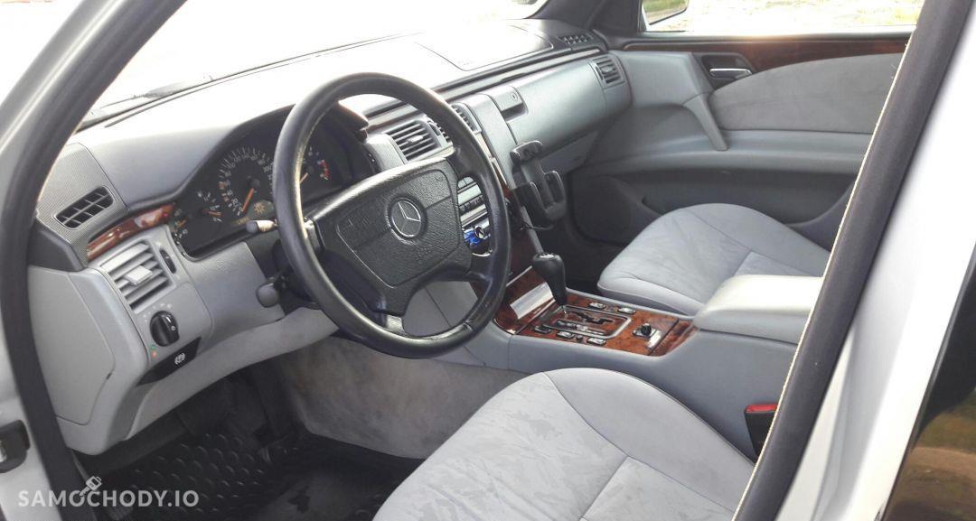 Mercedes-Benz Klasa E Doinwestowany 11
