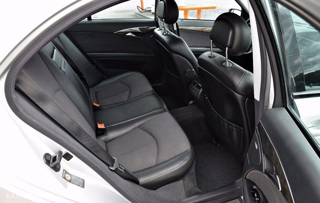Mercedes-Benz Klasa E 2,6 benzyna 177KM*Avangarde*TUV*Ksenon*PDC*Climatronic*Niemcy 56