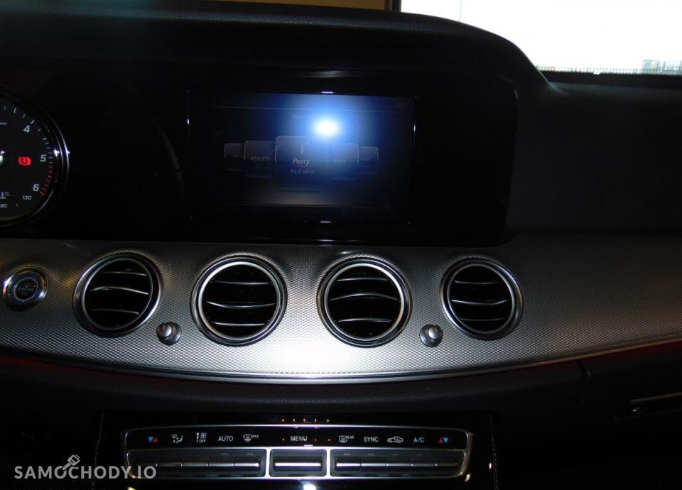 Mercedes-Benz Klasa E 16