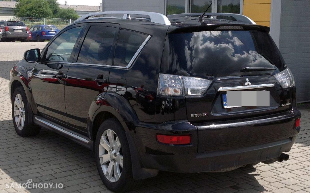 Mitsubishi Outlander od pierwszego klienta z polskiego salonu pewny stan i historia 22