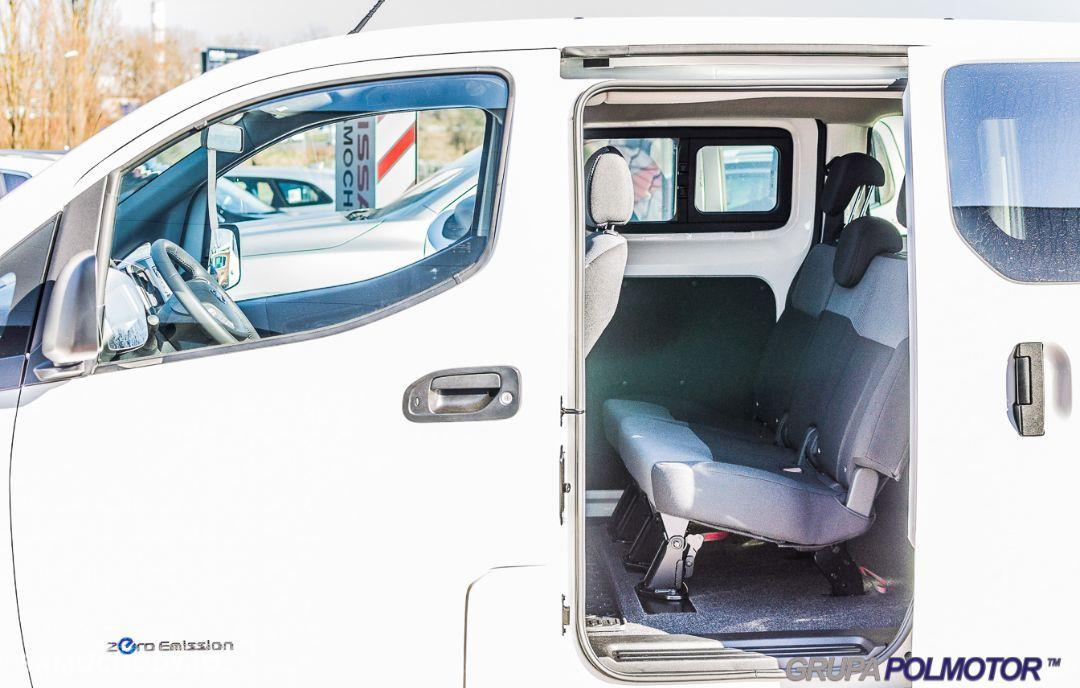 Nissan NV200 ELEKTRYCZNY Combi Tekna + Connect + 6.6 kW + French door 79